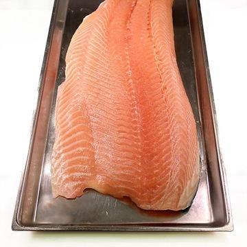 Świeży filet z Łososia Norweskiego