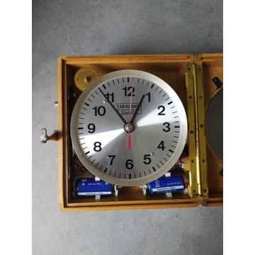 Zegar do gołębi Benzing Quartz z torbą skórzaną
