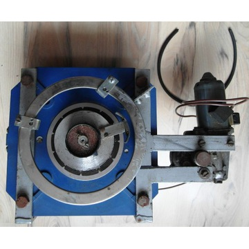 Autotransformator z napędem 0-250V-25A około 6 kVA