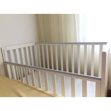Łóżko dziecięce drewniane z materacem 120x60