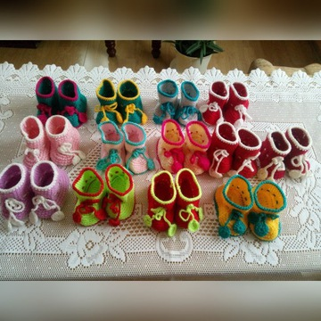 Buty buciki niemowlęce wełniane nowe