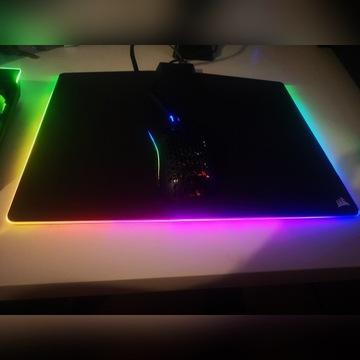 Podkładka Corsair MM800 Polaris RGB Cloth Edition