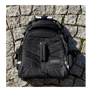 Plecak czarny na kółkach Backup