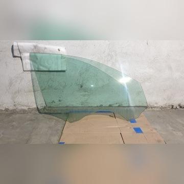 Audi A4 B8 Prawy przód szyba klamka zamek maskowni