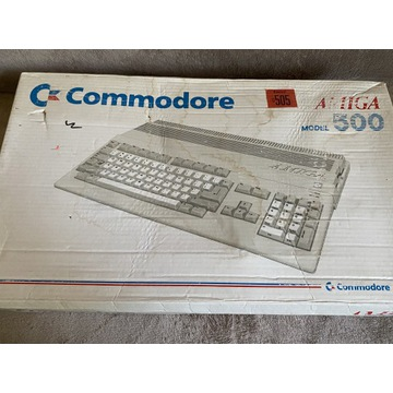 Zestaw Commodore Amiga 500  pudełko ładny stan!