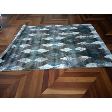 Dywan wełniany wykładzina dywanik