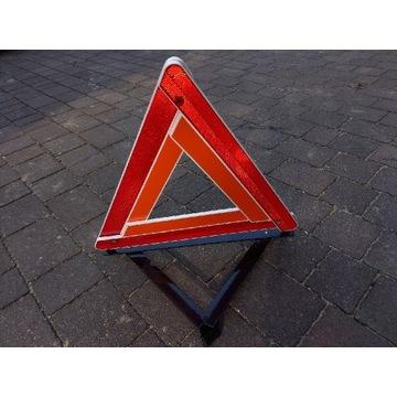 Trójkąt ostrzegawczy made im czechoslovakia Skoda