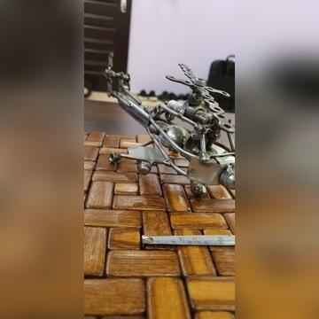 Rękodzieło - zabawka metalowy model helikoptera