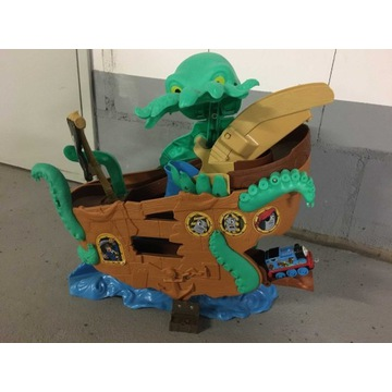 Tomek statek skarb ośmiornica kolejka Fisher Price