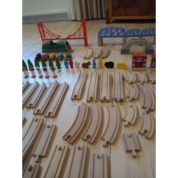 Drewniana kolejka - zabawka
