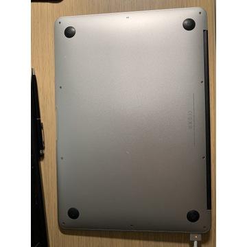 MacBook Air 13' A1466 + dodatki (mysz, przełączka)