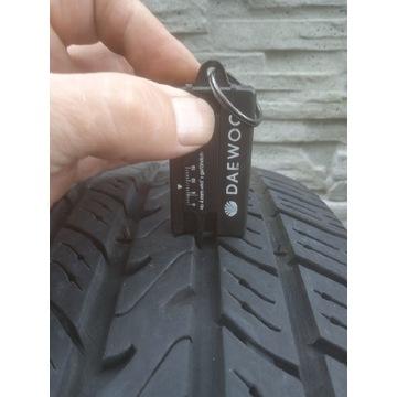 Opona Michelin P205/70R14