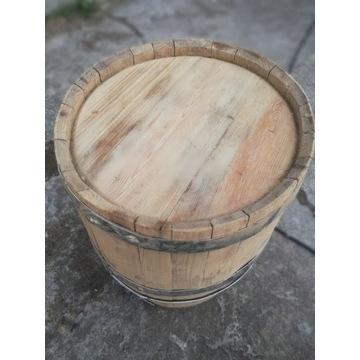 Stara drewniana beczka
