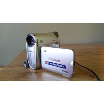 Mini kamera ręczna Canon MV 901