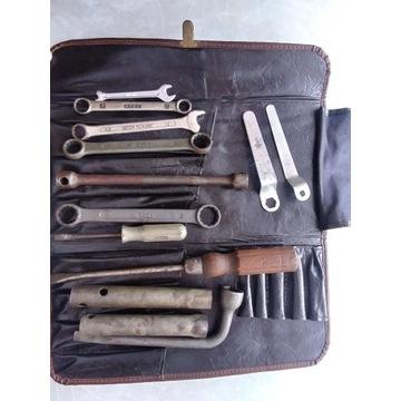 Zestaw narzędzi, śrubokręty, klucze,  13 sztuk