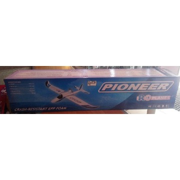 Samolot  RC PIONEER