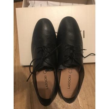 Skórzane pantofle lasocki rozmiar 37, jak nowe,