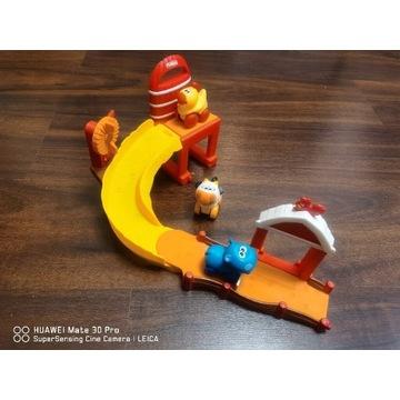 Zjeżdżalnia Playskool plus 3 figurki.