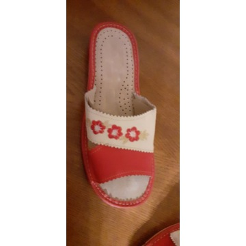 Laczki pantofle domowe
