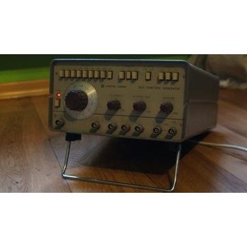 Generator unitra unima 5621
