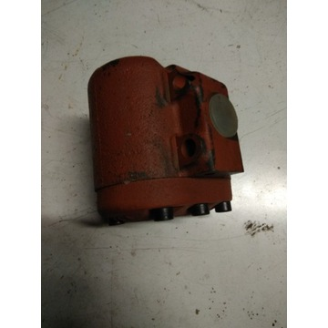 pompa podnośnika zetor 7011-4610