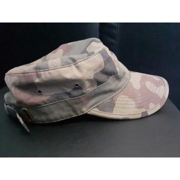 Czapka z daszkiem /kamuflaż wojskowy