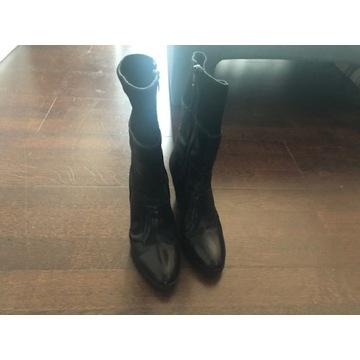buty iblues (Max Mara-młodsza siostra)