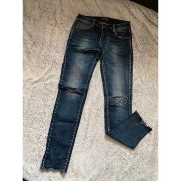 Ciemne granatowe spodnie klasyczne dżinsy jeans ru