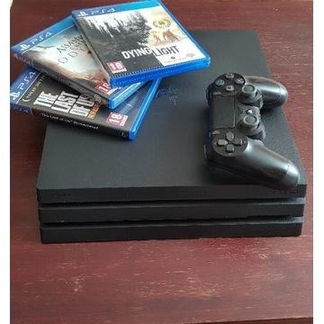 PlayStation 4 PRO 1TB CUH-7216B + 3 Gry