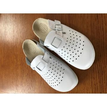 Klapki medyczne zdrowotne pantofle skóra r. 38