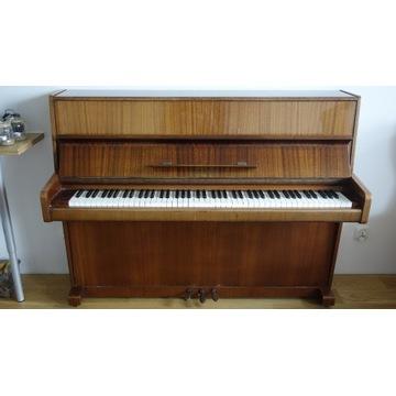 Pianino Legnica model M-110-A