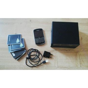 telefon Blackberry Bold 9900 z akcesoriami i box