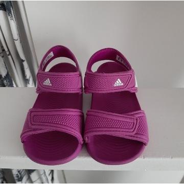 Adidas sandałki dziewczynka 23
