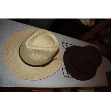 Dwa kapelusz Indiana Jones