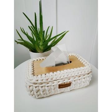 chustecznik na szydełku ze sznurka bawełnianego