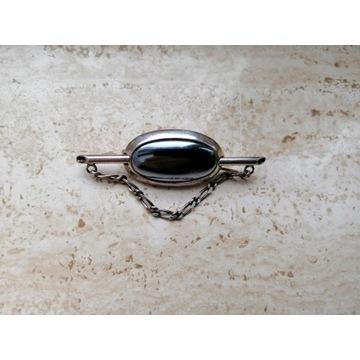 Broszka  srebrna  z hematytem retro (PRL)