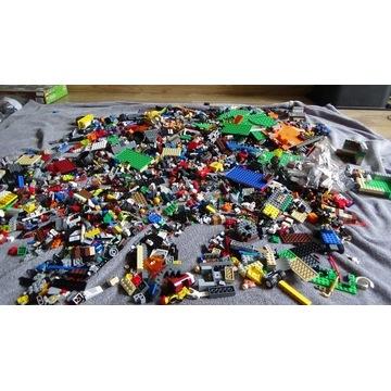 Używana mieszanina klocków LEGO 7.7 kg.