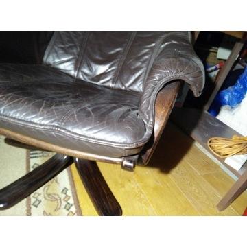 Fotel obrotowy, skórzany.