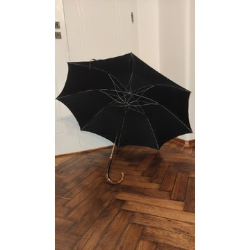 Duży, oryginalny parasol męski. Piękny 'stelaż'