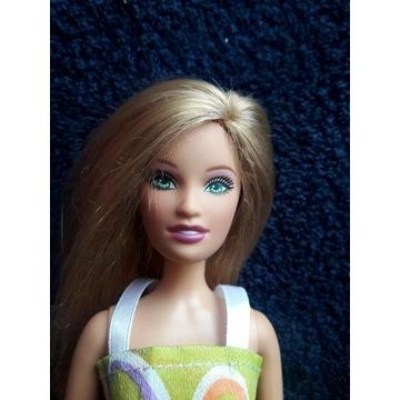 Lalka Barbie z gumowymi nogami