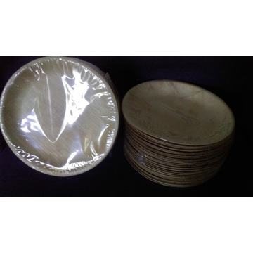 Zestaw talerzy biodegradowalnych z liści palmowych