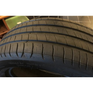 Michelin PRIMACY 4 205/55 R17 91 V