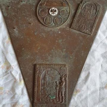 Płyta plus odznaki mosiężne 1929.