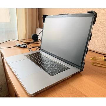 Macbook Pro 15 2018 i7 2.2 16GB 256