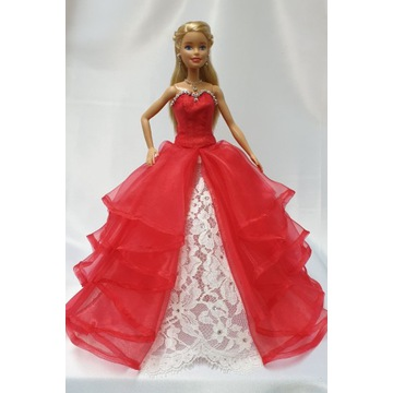 Sukieneczki dla lalki. Rękodzieło.