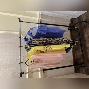 Wieszak na ubrania stojak