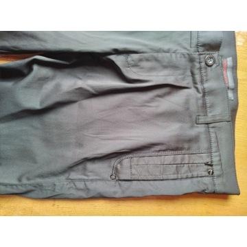 Spodnie czarne casualowe