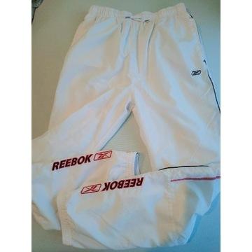 Spodnie dresowe firmy Reebok rozmiar XL