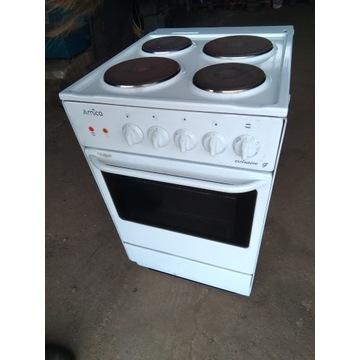 Kuchnia elektryczna kuchenka Amica 400v /230V piec