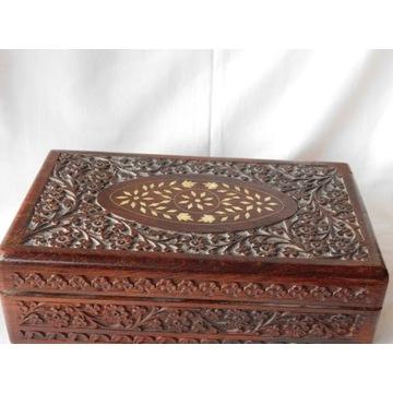 szkatułka drewniana  nr 728 Fiaf